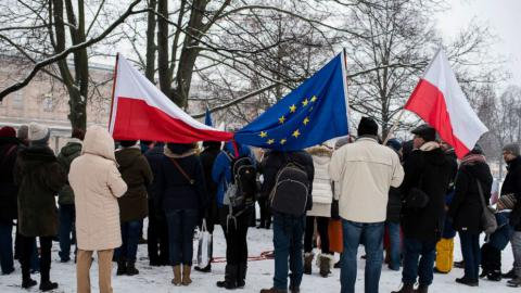 Poland increases government surveillance powers despite protests