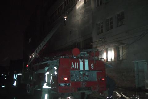 Firefighters put out fire at Kharkiv textile factory for several hours
