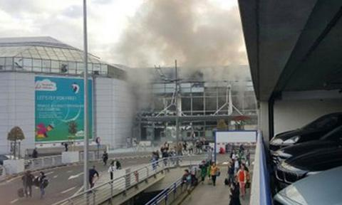 Brussels airport explosions - several people injured (PHOTO)