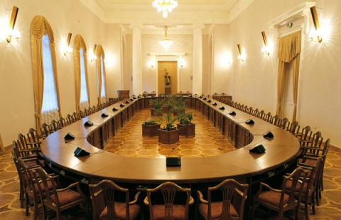 New version of Cabinet of Ministers composition shown to press