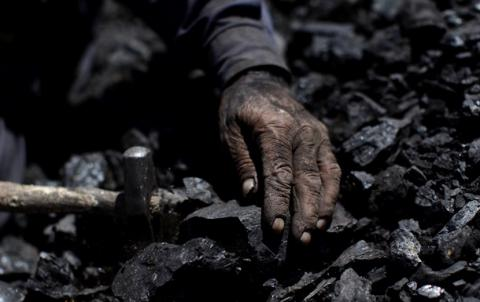 "Media report on illegal coal trade, benefiting ""DPR"" and ""LPR"" militant leaders"