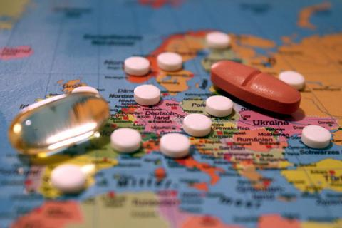 Ukraine's govt liberalizes registration of medicines certified abroad – PM