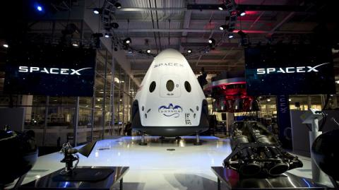 SpaceX plans to head for Mars as soon as 2018