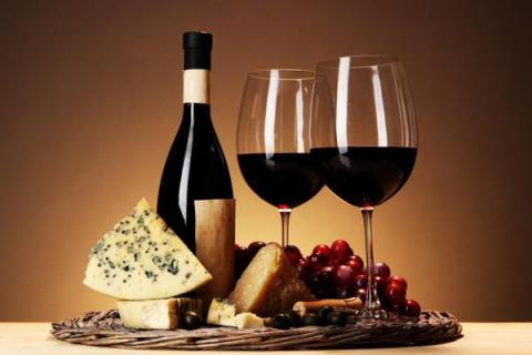Red wine can help counteract negative impact of high fat/high sugar diets