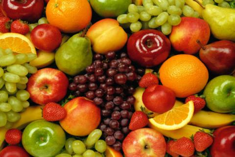 High fruit intake during adolescence linked with lower breast cancer risk