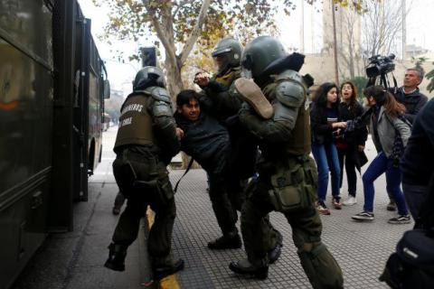 Chile's students clash with police as protests intensify