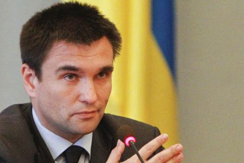 Ukraine has to free 174 citizens held in captivity in Donbas and convicted in Russia – Klimkin