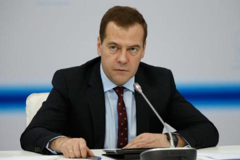 Medvedev says Russia will extend food embargo to end of 2017