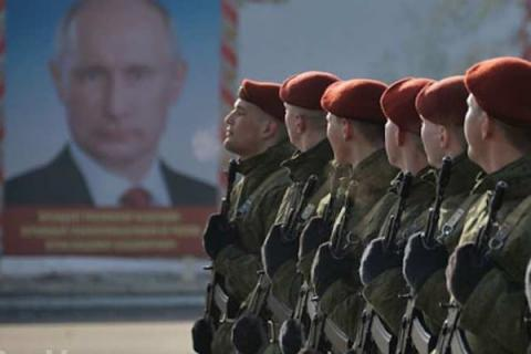 Russia builds up forces on its western frontiers - Reuters