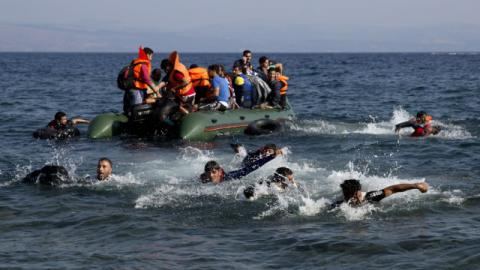 This year in Europe by sea arrived 262 thousand migrants - IOM