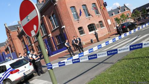 Belgium machete attack: Islamic State claims the responsibility