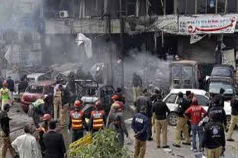 45 killed, 50 wounded in suiside bomb attack on Pakistan hospital