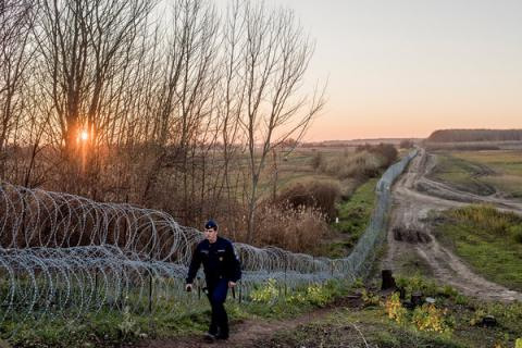 "Hungary to build new, ""more massive"" fence against migrants - PM Orban"