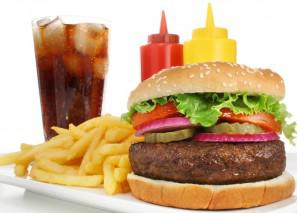 Kids' consumption of high-calorie drinks at fast-food restaurants tied to combo meals