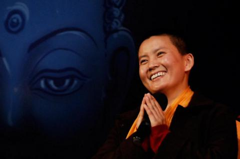 Nepal's most famous pop star is Buddhist nun (VIDEO)
