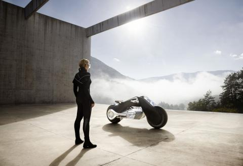 BMW's Vision Motorrad Next 100 motorcycle is built for superheroes