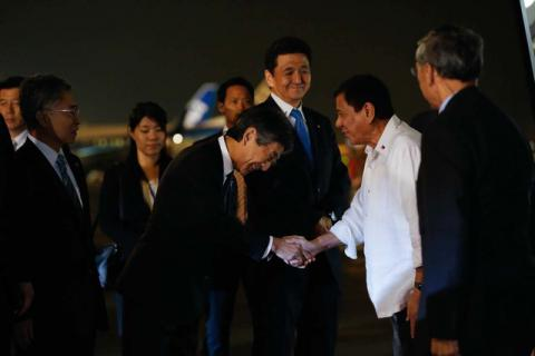 Duterte assures Japan his visit to China concerned economics only