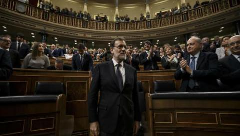 Mariano Rajoy sworn in as Spain's PM
