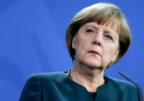 Merkel concerned by Turkey's crackdown on press freedom