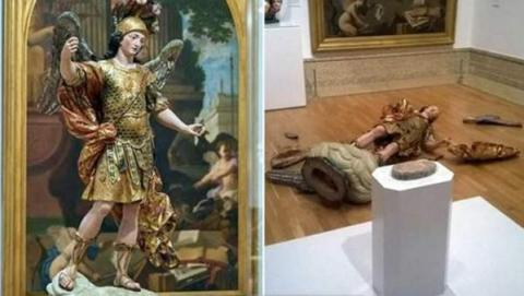 Museum visitor shattered 18th century statue while doing a selfie