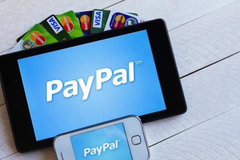 PayPal for iOS now lets you send and request money through Siri (VIDEO)