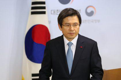 S. Korea acting leader rejects resignations by Park aides