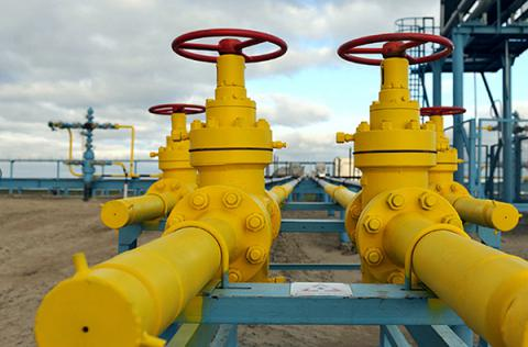 Cold winter ends: Ukraine starts saving gas into storages