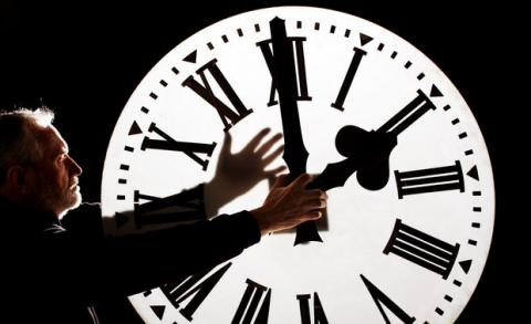 Summer time sadness: Next weekend, Ukraine to put a clock ahead