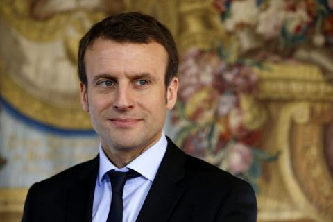 Some of French Socialist rather support Macron