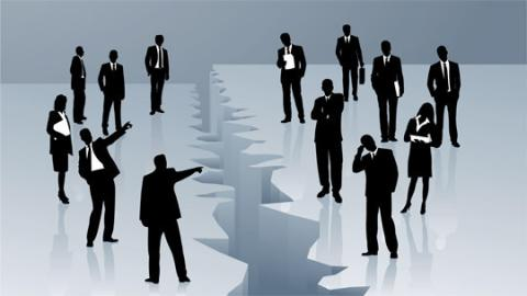 When people prepare for conflict, dominant leaders take the stage