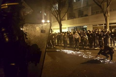 Clashes in Paris after French police killed Chinese man