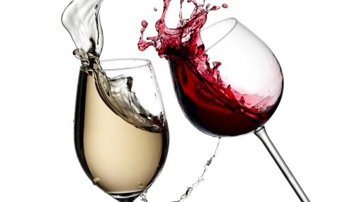 Moderate drinking linked to lower risk of some - but not all - heart conditions