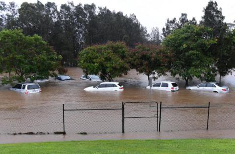 25,000 may be evacuated due to storm-caused flood in eastern Australia
