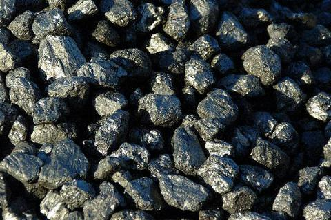Ukraine's energy ministry warns anthracite stocks at TPPs 63% down by May 1
