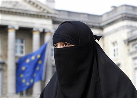 Burqas, niqabs to be banned for some professions in Germany