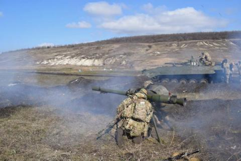 Russia-backed militants launched 32 attacks on Ukrainian troops in Donbas over past day