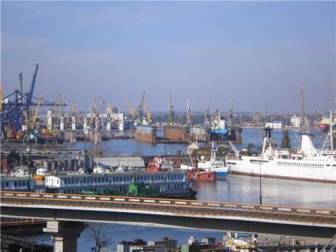 Ukrainian Sea Port Authority to invest UAH 966 m in berth infrastructure