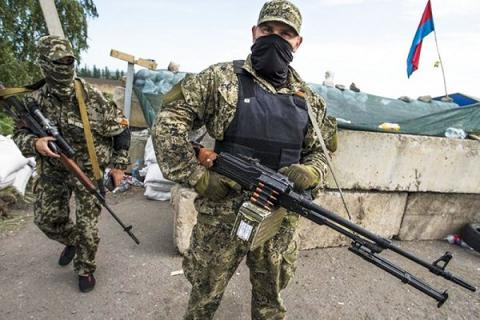 Pro-Russian militants units don't keep ceasefire in eastern Ukraine