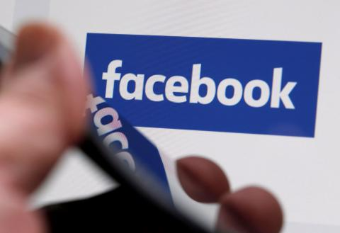 Facebook deleted 30,000 fake accounts in France