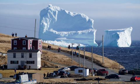 46-metres iceberg breaks off Greenland ice sheet