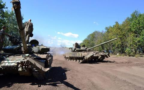 Donbas conflict: Mariupol becomes 'hottest spot' in eastern Ukraine