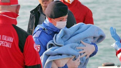 245 dead or missing after two refugee shipwrecks in Mediterranean over weekend (VIDEO)