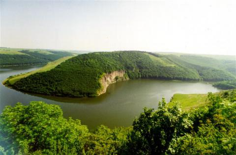 Ukrainian parliaments approve agreement with Moldova on cooperation for Dniester River basin safeguarding