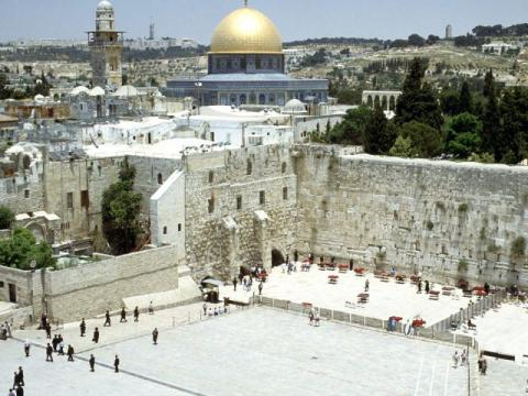 Israel promises to remove metal detectors from entrances to al-Aqsa mosque in Jerusalem