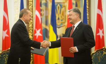 Ukraine, Turkey sign a number of agreements