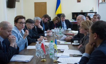 Ukraine, Poland to work on implementation of education law regarding Polish-speaking classes in Ukraine