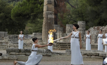 Olympic flame for Pyeongchang Winter Games lit in Greece