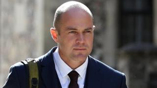 Emile Cilliers trial: Parachute sabotage accused 'caused gas leak at home'