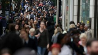 UK population to pass 70m in 2029, ONS projections say