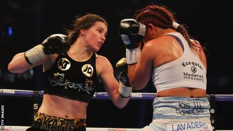 Katie Taylor wins first professional world title with points victory over Anahi Sanchez